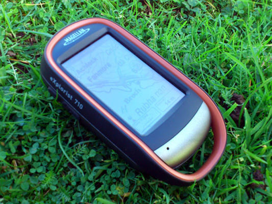 Magellan Explorist 710 Hiking and Outdoor Handheld GPS